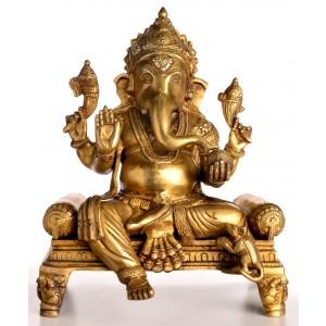 Ganesha Statue auf Thron sitzend Vorderansicht